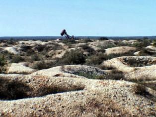 White Cliffs makes a great grey nomad destination
