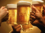 Grey nomads argue over Happy Hour beers