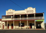 Grey nomads flock to Charleville in Queensland