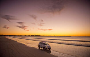 Robe in OSouth Australia welcomes grey nomads with caravans and motorhomes