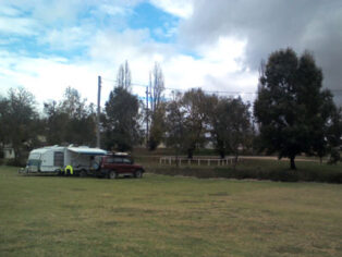 Tenterfield Showground camping