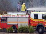 Firefighters battle bushfire