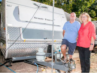 Caravan park theft leaves grey nomads shocked