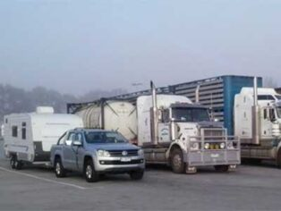 Toll changes affect grey nomads with caravans