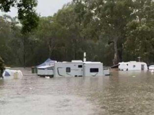 Caravan park floods in the Gold Coast