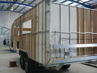 Grey nomads fuel demand for Australian caravans and motorhoes