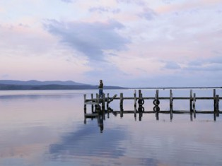 Grey nomads flock to Mallacoota in Victoria