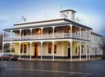 Penola Royal Oak Hotel