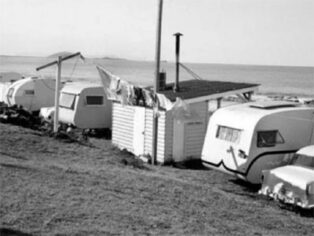 The Mooloolaba Beach Caravan Park in around 1950.