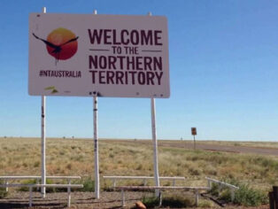 NT border opened to grey nomads
