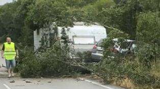 caravan accident